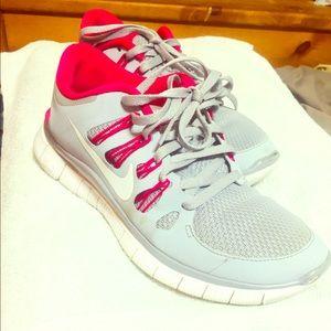 NIKE FREE 5.0 -Women's Running shoes - size 7